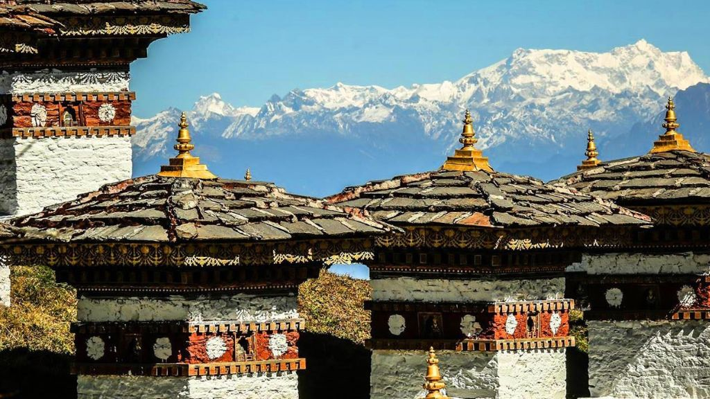 You are currently viewing 10 REASONS TO VISIT BHUTAN
